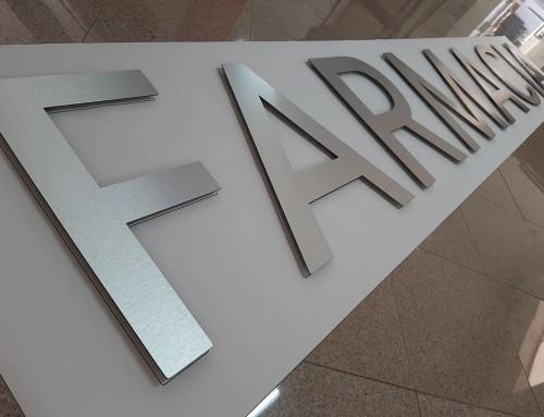 Lettere in alluminio fresato effetto spazzolato